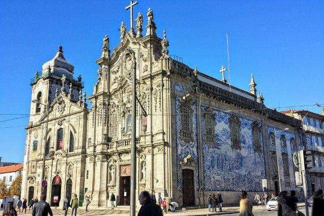 famosa igreja carmo porto