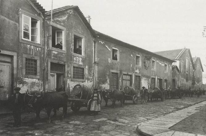 antigo cais gaia vinho transporte