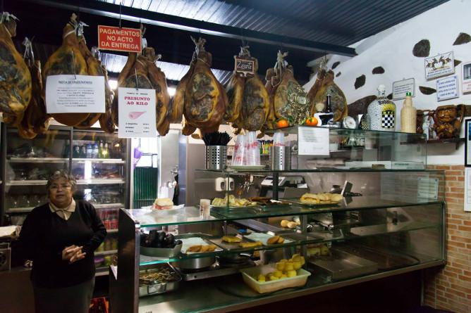 best sandwiches traditional-restaurants porto badalhoca