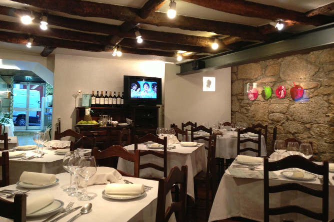 best traditional restaurants porto ernesto