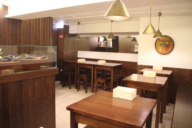 buraquinh underground traditional restaurant porto