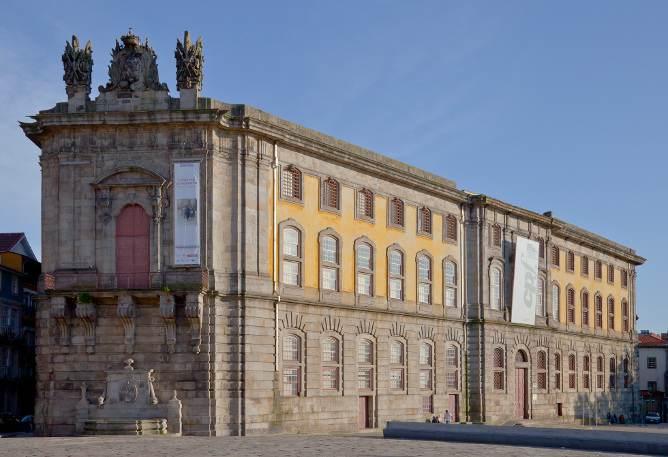 edificio perto clerigos instituto fotografia antiga prisão