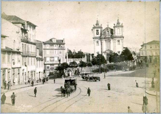 old batalha sqaure porto