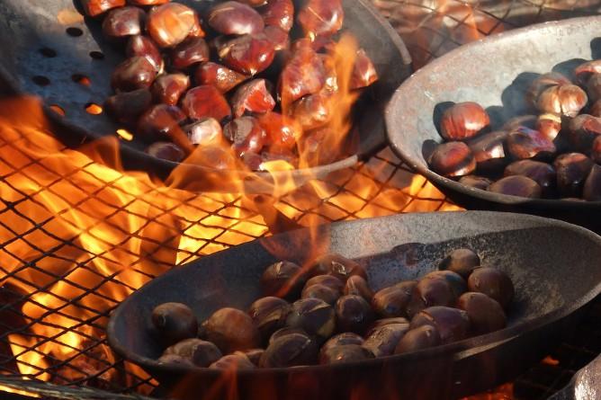 castanhas assadas fogo porto