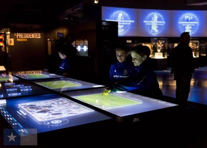 interactive panels fc porto museum