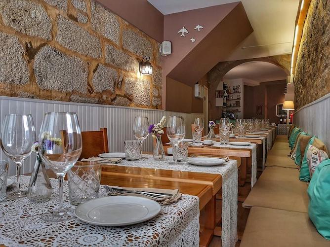 belos aires romantic restaurant porto