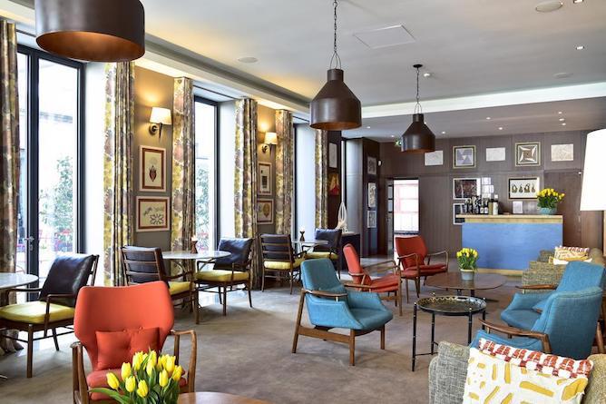 living room artist porto hotel