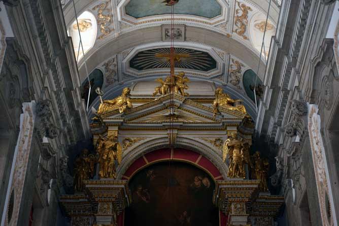 ribeira activities saint francis church interior