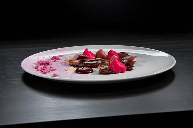 antiqvvm michelin star restaurant dessert