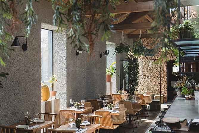 fava tonk haute restaurant interior