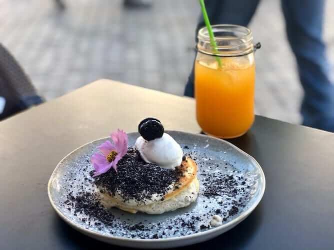 panquecas oreo sumo laranja garden cafe porto