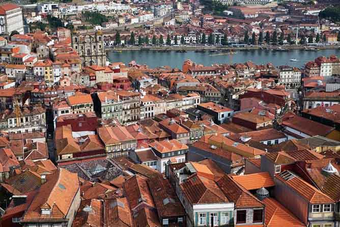 porto or lisbon house prices