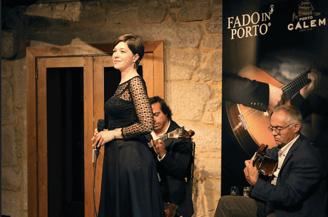 live fado show calem port wine lodge