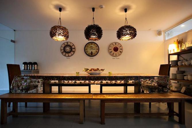 mesas cozinha gallery hostel