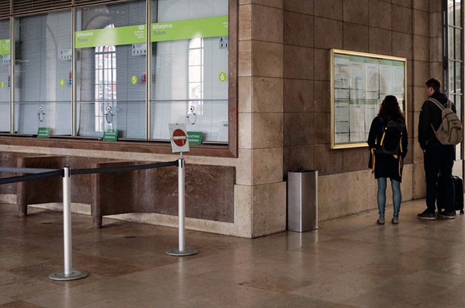 porto train stations ticket office
