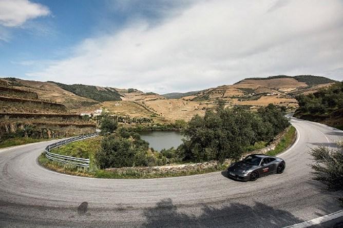 ride car douro valley