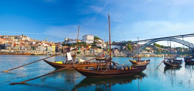 barcos rabelo rio douro porto