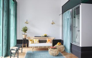 group accommodation in porto