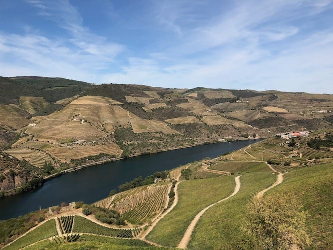 reasons to visit douro valley