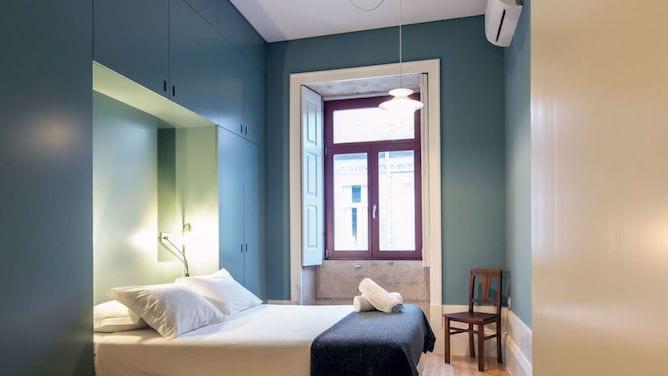 bedroom aparthotel oporto alves veiga