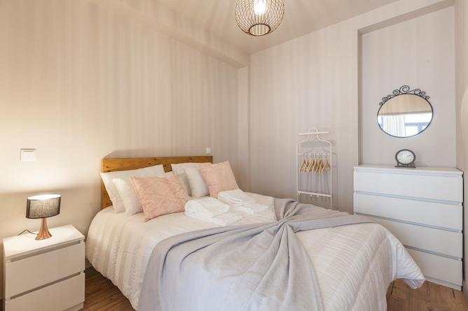 where stay porto double bedroom sendme2portugal