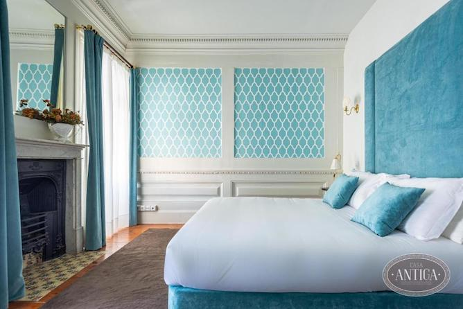 blue bedroom casa antiga porto