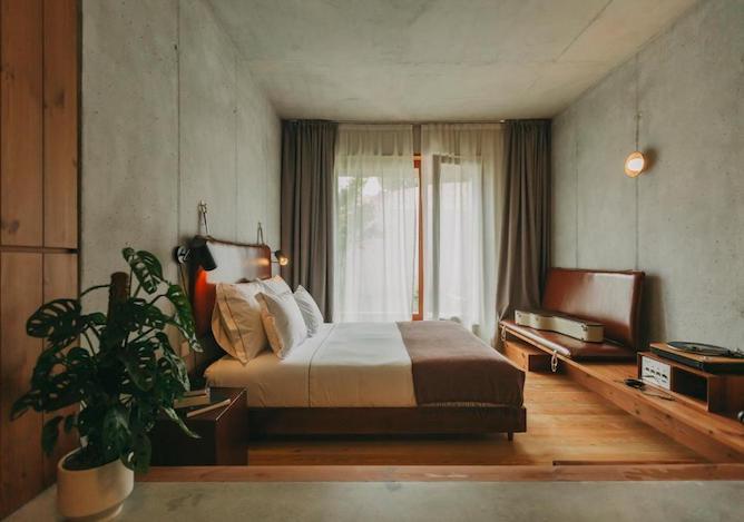 double bedroom mouco hotel