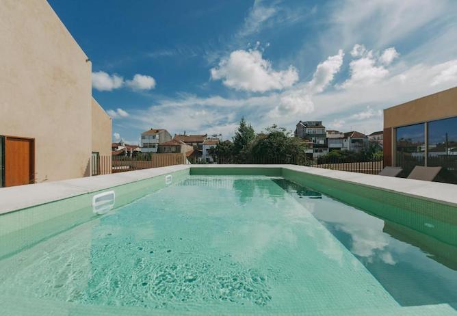 swimming pool mouco hotel porto