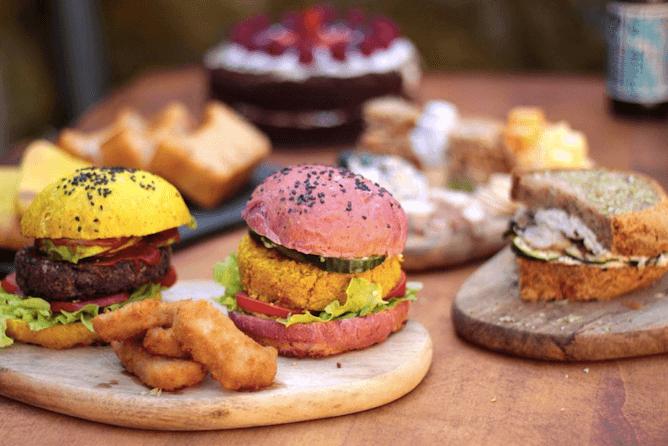 vegan burgers apuro vegan bar porto