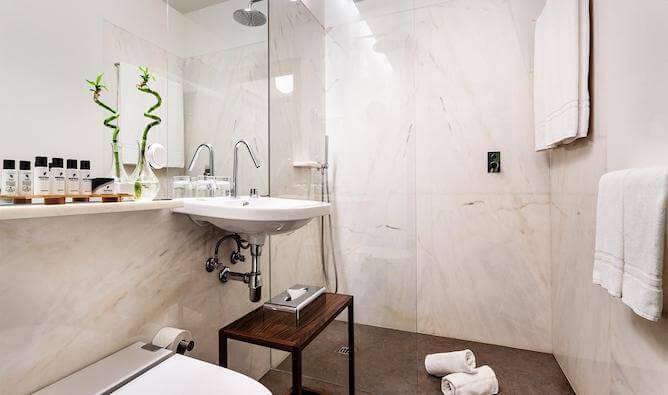 banheiro marmore pestana goldsmith porto
