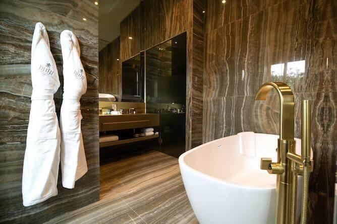 banheiro vila foz hotel romantico porto