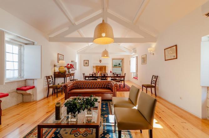 living room casa laranjas porto