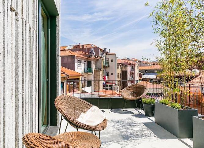 terrace armazem luxury housing porto