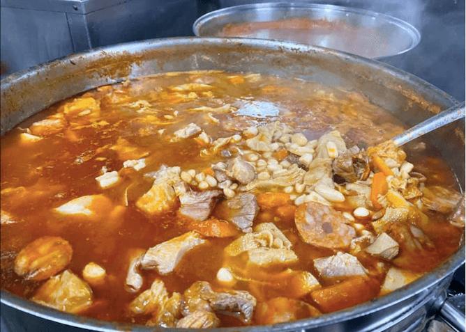 traditional portuguese beans stew tripas moda porto