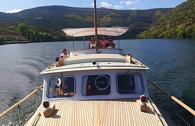 passeio barco privado douro