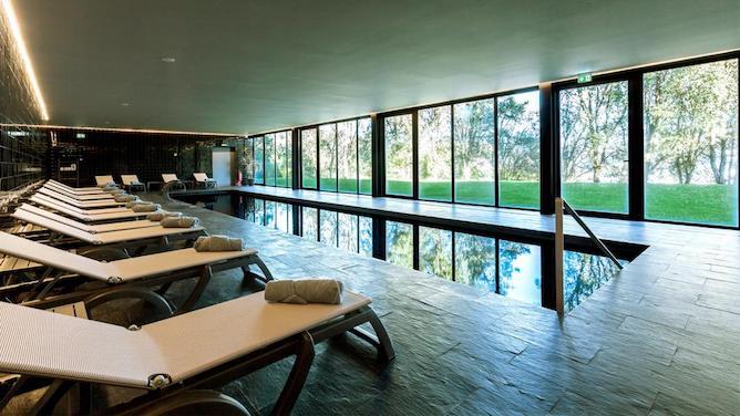 piscina douro palace hotel resort