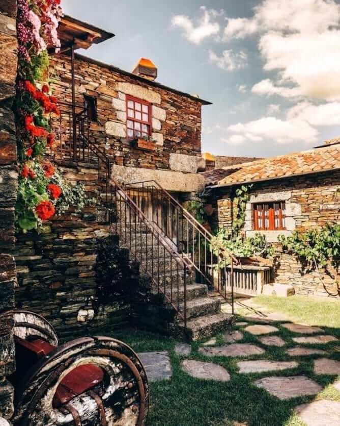 quintandona village portugal xist houses