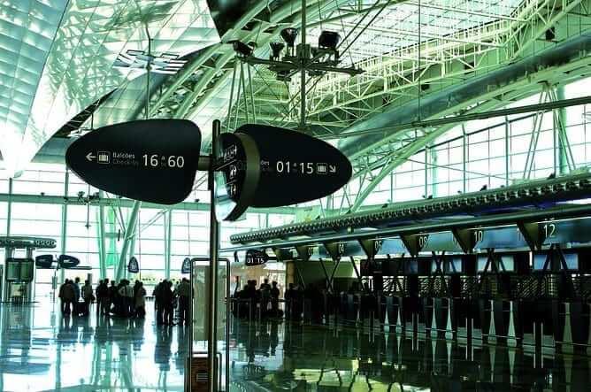 complete guide porto airport portugal