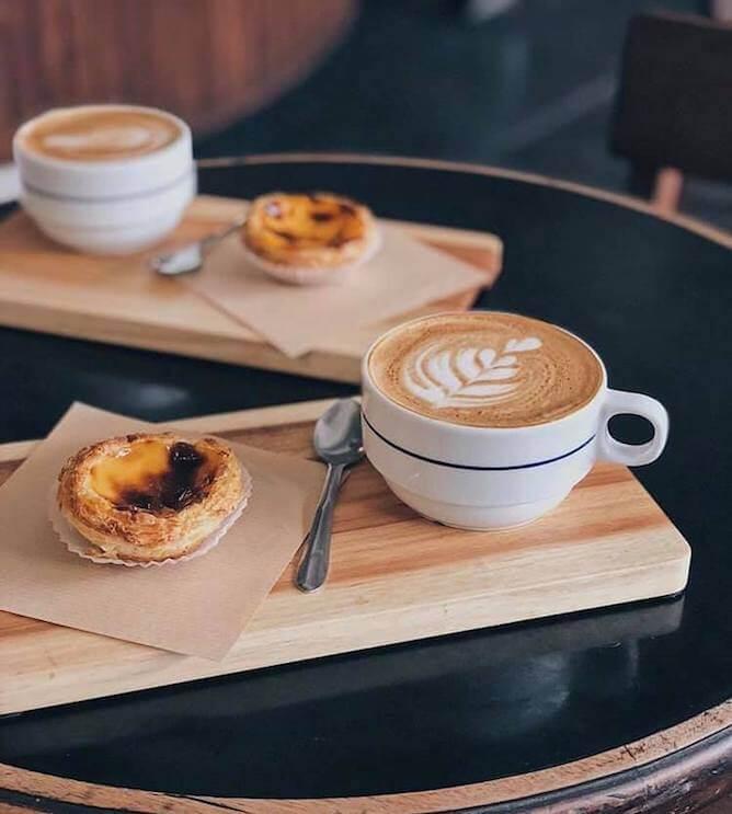 pastel nata combi cafe porto