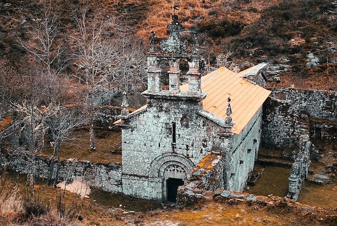 church ruins monastery pitoes junias