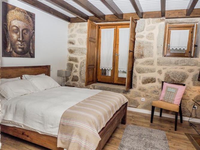 double bedroom casa gandarela soajo geres