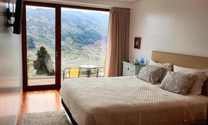 double bedroom imaginario-del rei guest house douro valley