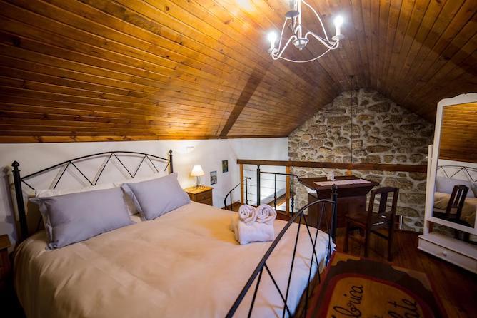double bedroom moinhos poco verde bungalows geres