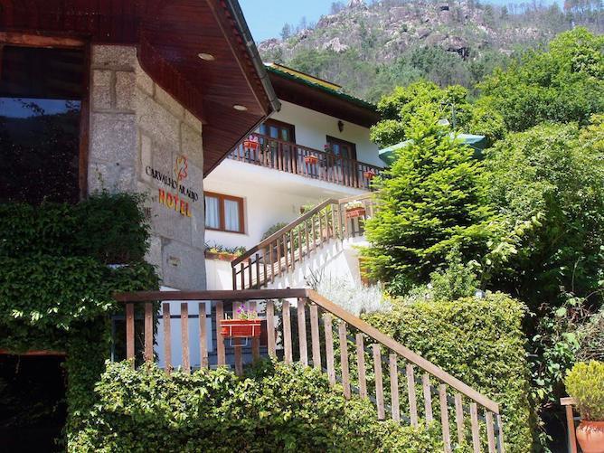 fachada hotel carvalho araujo geres portugal