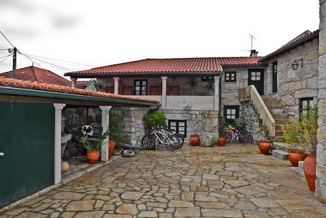 patio casas cavaleiro eira hoteis geres