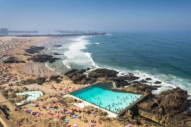 piscina das mares siza vieira