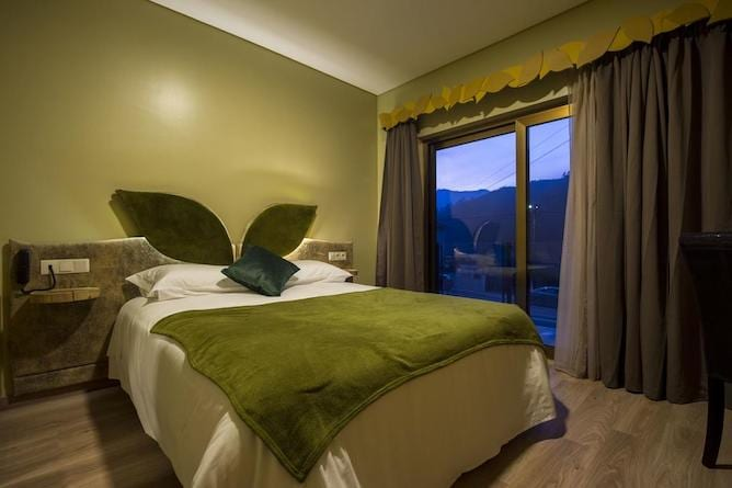 quarto duplo beleza serra guide hotel geres