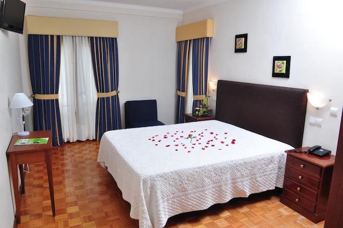 quarto duplo moderna geres hotel
