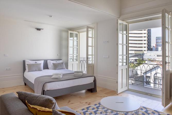 quarto duplo sete domus family apartmentos porto