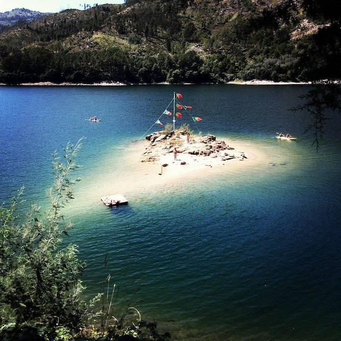 river beach ilha geres